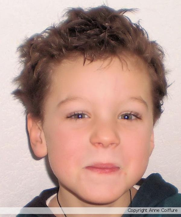 Accueil / Enfants / Garçons / Coupe de cheveux garçon